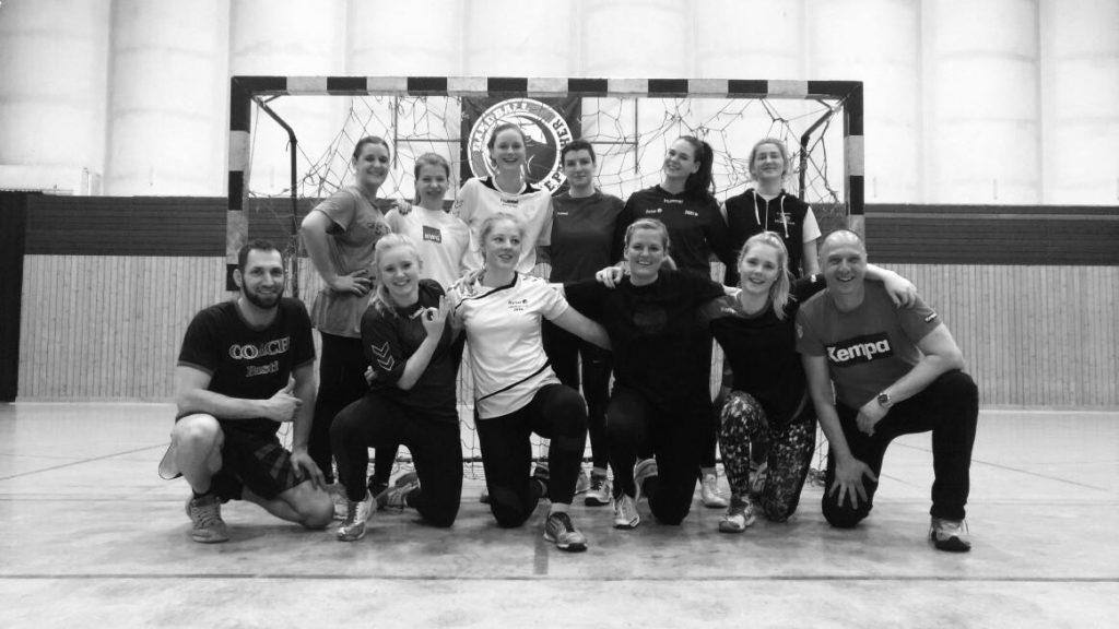Juniorteam auf sportlichen Abwegen – Gemeinsame Trainingseinheit mit la familia FIGHTCLUB